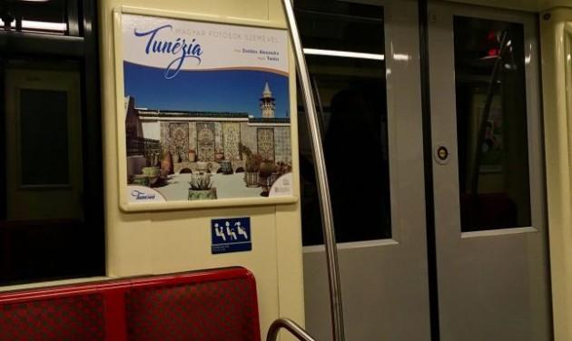 Tunéziát népszerűsítő fotókiállítás a budapesti metrókon