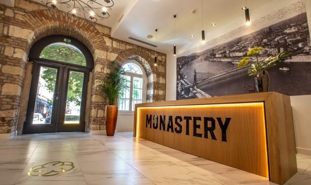 Recepciós, Monastery Boutique Hotel Budapest