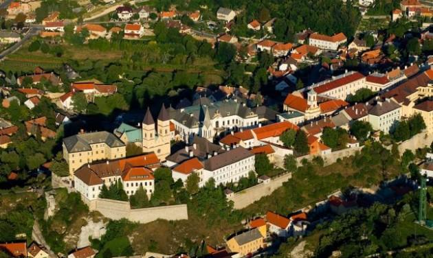 A Balaton márkával együtt fejlesztik Veszprémet