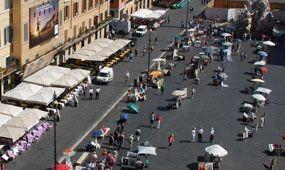Cirkusz Rómában az elbontott illegális teraszok miatt