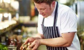 Jamie Oliver Budapesten nyitja első közép-európai éttermét