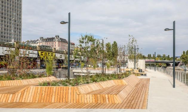 Úszó kerteket adtak át Bécsben