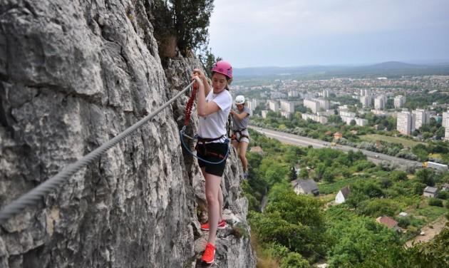 Csodás Magyarország: Vasalt utakra fel!