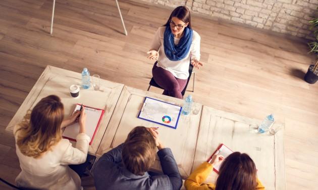 Restart & HR: TikTok, YouTube, influenszer – az álláshirdetésekben minden megengedett