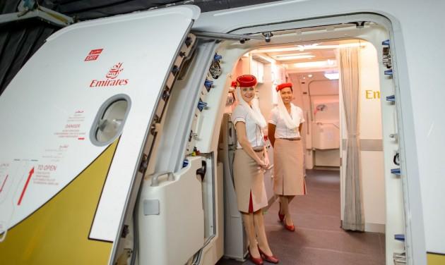 600 pilótát küld el az Emirates