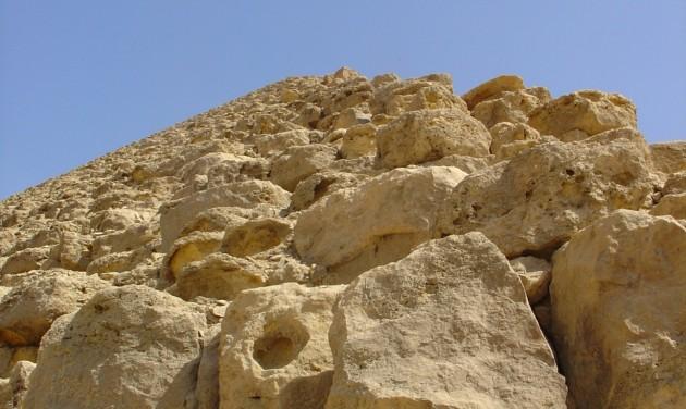Ismeretlen királynő piramisát fedezték fel Egyiptomban
