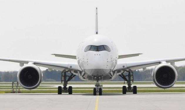 Hongkongba repülnek a Lufthansa A350-esei