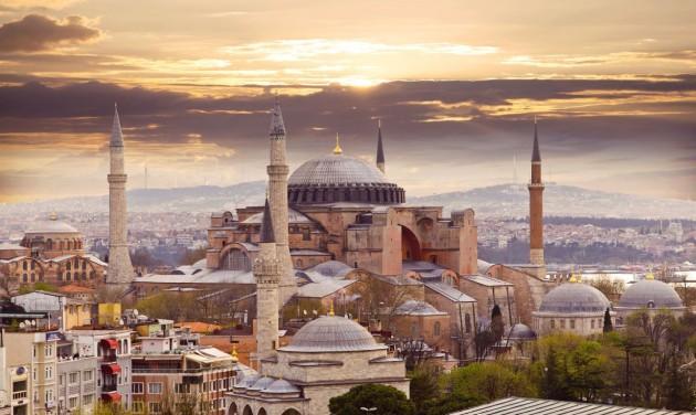 Aggódik a mecsetté vált Hagia Sophiáért az UNESCO