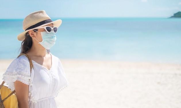 Napozás közben nem kötelező a maszkviselés a spanyol strandokon