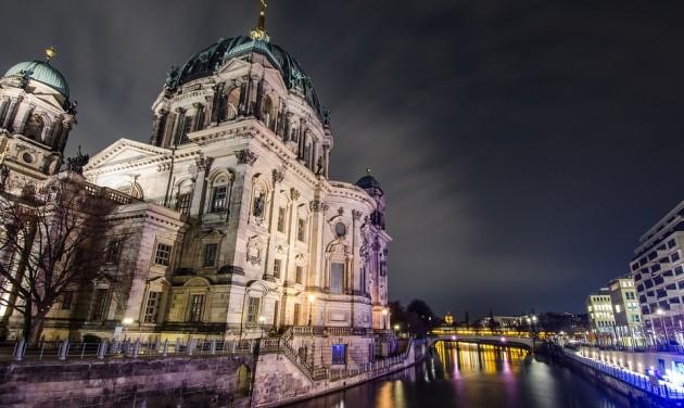 Csend lesz Berlinben