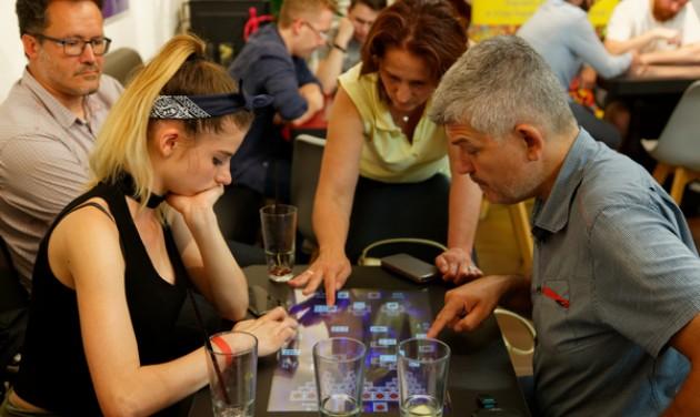 Digitális társasjátékok az Aquaticum Debrecenben