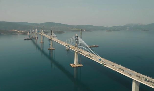 Horvátország két országrésze egyesült ezzel a 2,4 km-es híddal
