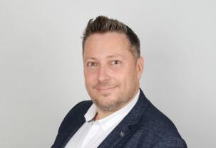 A Booking.com korábbi vezetőjét igazolta le egy magyar turisztikai startup